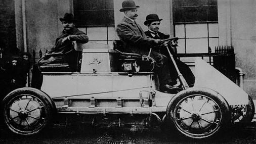 30 ianuarie – Ferdinand Porsche