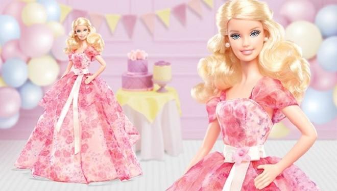 Barbie a împlinit 55 de ani!