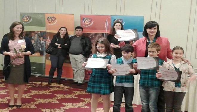 """Echipa Mind Lab a Şcolii """"Anastasia Popescu"""", campioana Bucureştiului"""