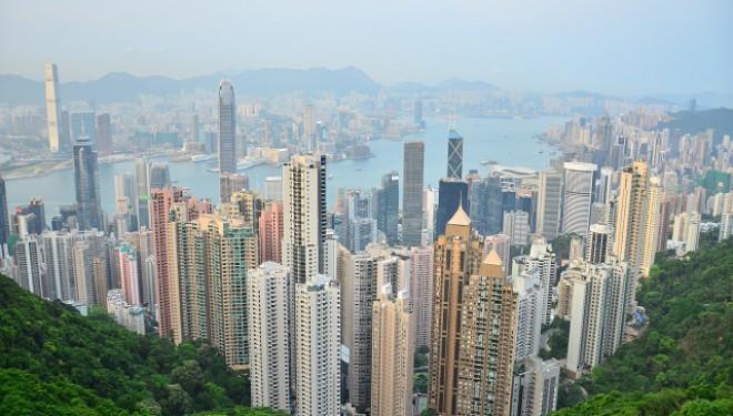 Ce se  întâmplă în Hong Kong?