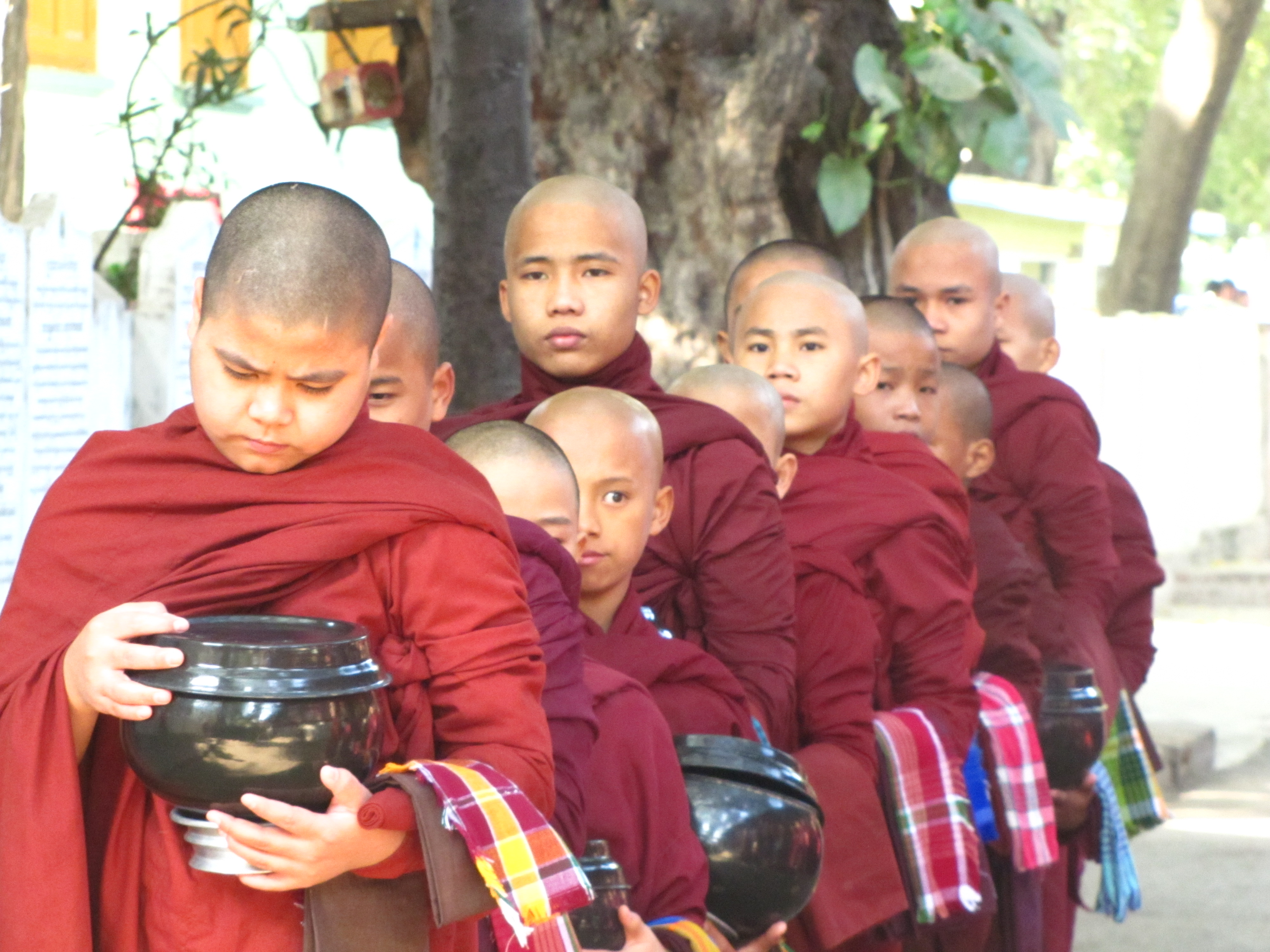 Monks ceremony in Amarapura15