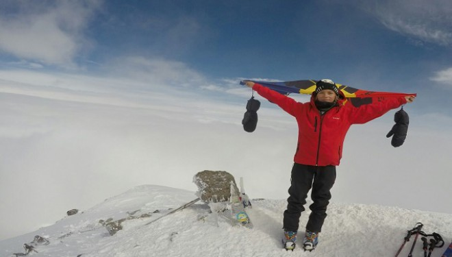 Record european în alpinism: la numai 12 ani în vârful celui mai înalt vârf din Europa