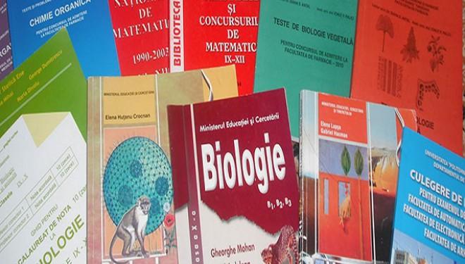 Ministerul Educaţiei achiziţionează manuale pentru clasele a XI-a şi a XII-a
