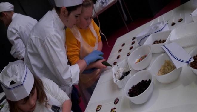 Magie in maro, negru si alb – Salonul de ciocolată de la Bruxelles