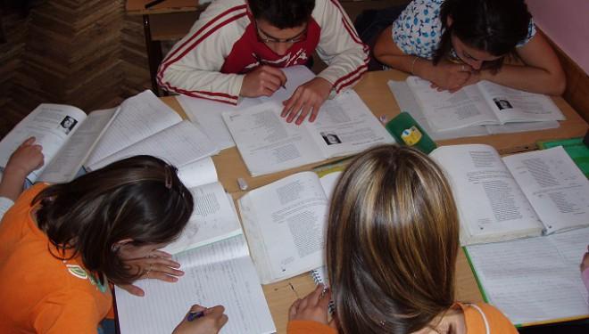 Proiectul de ordin privind structura anului școlar 2017-2018, lansat în consultare publică