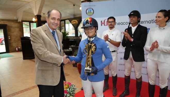 O fată de 13 ani, campioană la Herneacova International Jumping