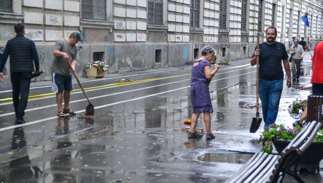Apel: Unde-s mulți, puterea crește! Toți copiii ies după ore să ajute la curățarea Timișoarei