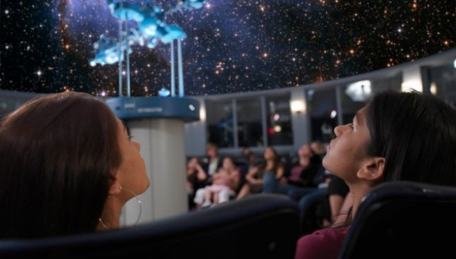 Planetariul Mobil a ajuns la Timișoara. Până pe 21 octombrie copiii învață despre eclipse și anotimpuri