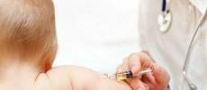 397 de copii din județul Timiș completează în iulie schema obligatorie de vaccin pneumococic