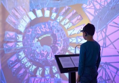 Cititul și realitatea augmentată la un loc, o experiență în premieră pentru vizitatorii Târgului Gaudeamus