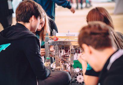 Cei mai tari ROBOȚI construiți de elevi, la Timișoara