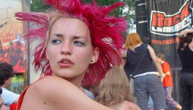 Concert de încălzire pentru festivalul Rock la Mureș: seară de punk