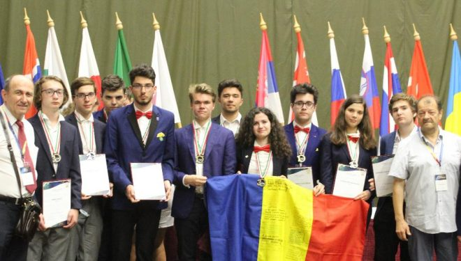 Zece premii pentru echipele României la Olimpiada Internaţională de Astronomie şi Astrofizică
