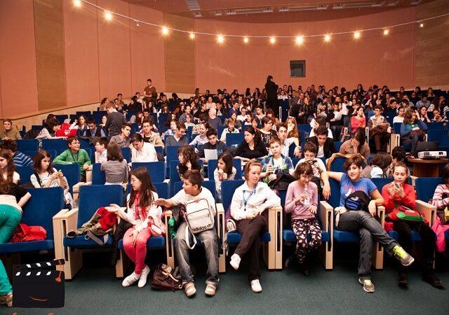 Educaţie cinematografică în şcoli