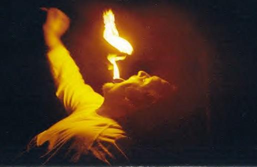 Imitând un fachir de la circ, un copil din Timiş şi-a dat foc