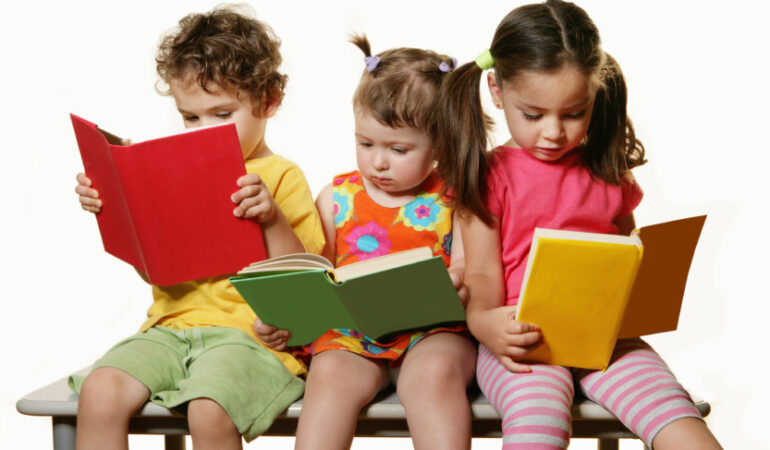 Biblioteci în secțiile de pediatrie