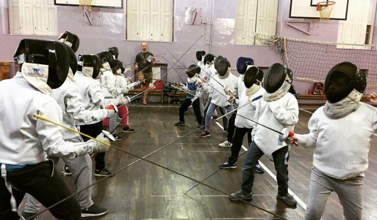 A treia ediţie a circuitului european de scrimă pentru copii sub 14 ani are loc la Timișoara