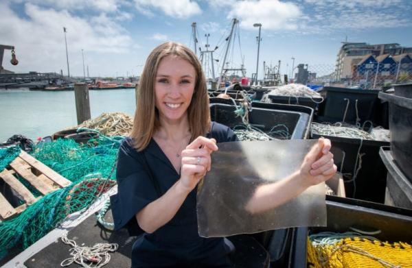 Plasticul – o problemă, bioplasticul MarinaTex – o soluție
