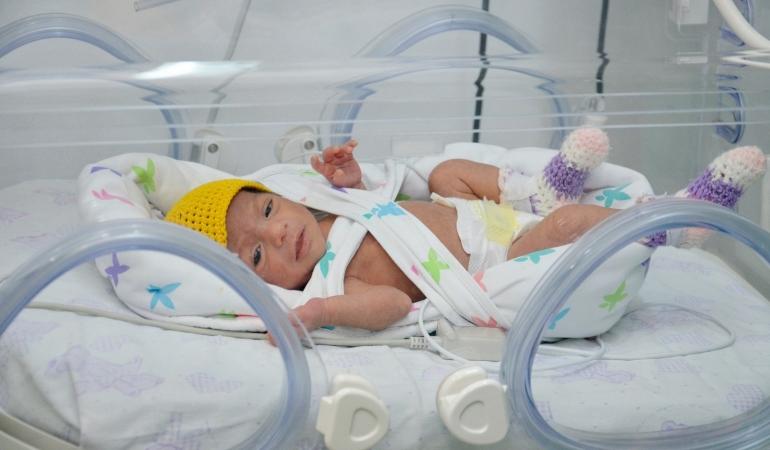 Apel. Maternitățile și Secțiile de terapie intensivă neonatală au nevoie urgentă de aparatură