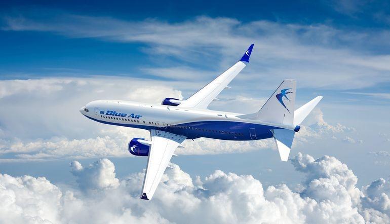 Familiile vor călători mai ieftin cu avionul
