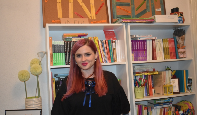 """Andrada Sorca, InEDU: """"Elevii nu își imaginează că profesorii sunt și ei oameni, că dorm, au  pijamale, că au o viață"""""""