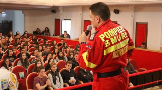 Educație rutieră pentru elevi. România – pe primul loc la numărul bicicliștilor morți în accidente