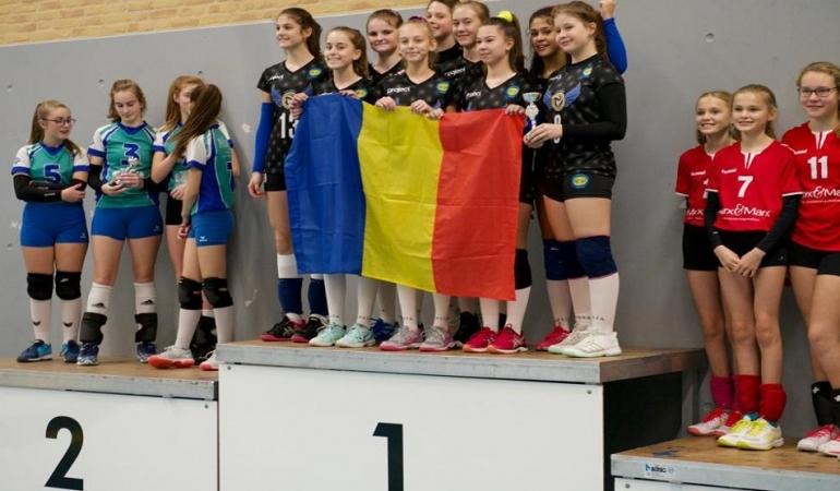Succes timișorean la minivolei în Olanda! Două echipe de la CSS Bega Timișoara pe podium