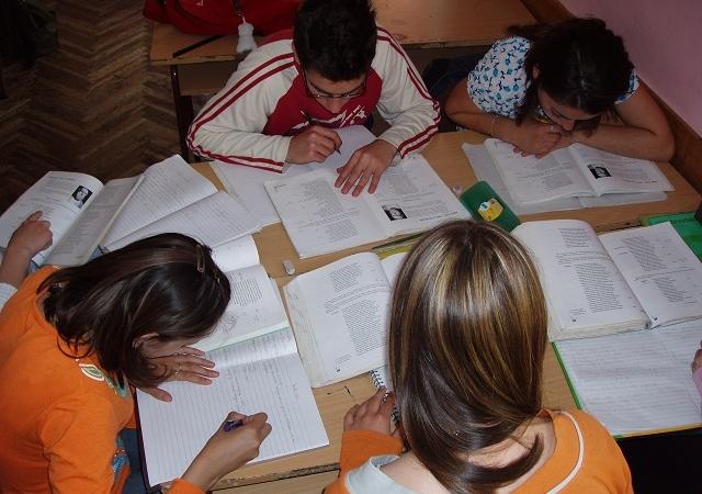 Salvați Copiii – Semnal de alarma privind bugetul Educației
