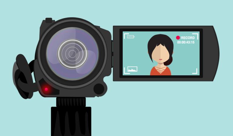 A fi vlogger e noul trend. Ce înseamnă asta și cine sunt cei mai populari vloggeri de la noi
