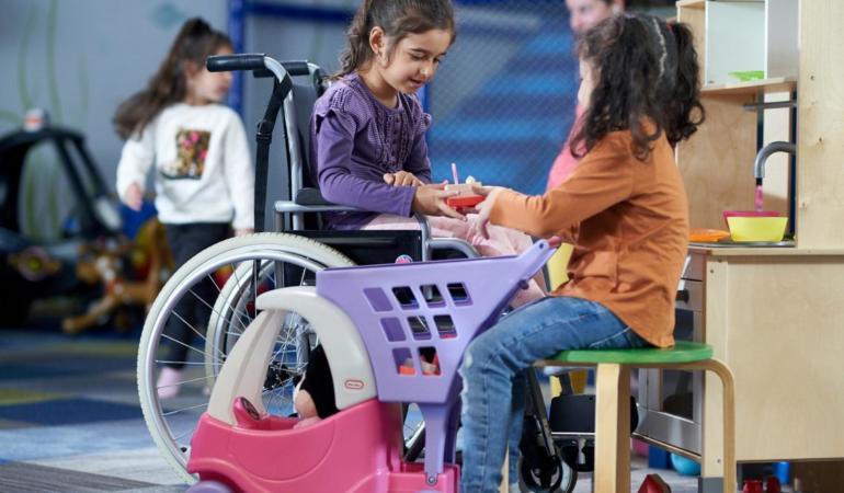 Copiii invizibili. Situația copiilor cu dizabilități din România