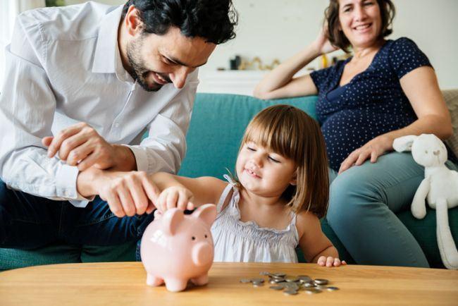 Cum îi motivăm pe copii să economisească?