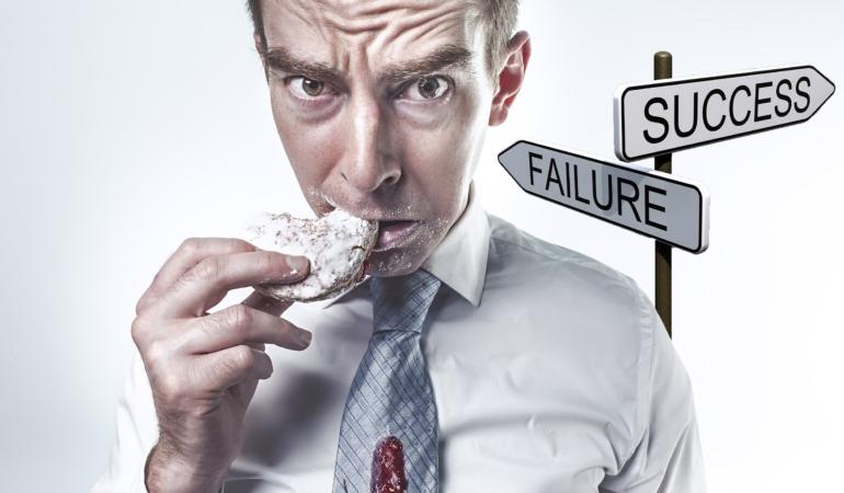 Achievemephobia – frica de succes. Atichiphobia – frica de eșec