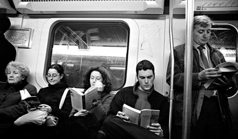 Olanda – citești în tren, călătorești gratuit! Campania de primăvară a căilor ferate