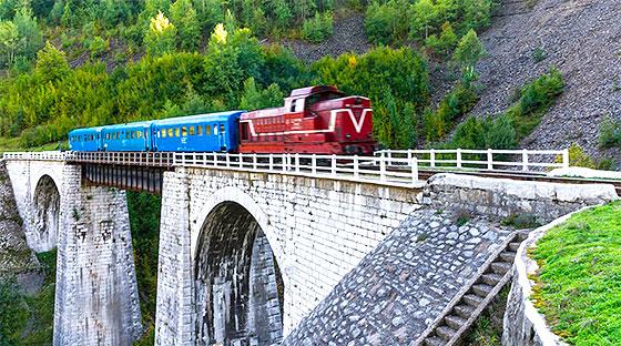 Semmeringul Bănățean – cea mai veche cale ferată din Sud Estul Europei