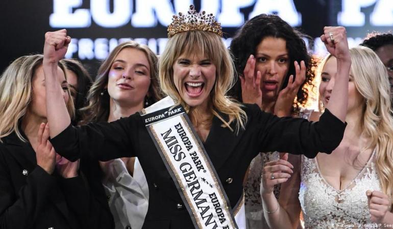 Noua Miss Germania 2020 este mamă, antreprenoare și are 35 de ani. Decizia care revoluționează concursurile de frumusețe