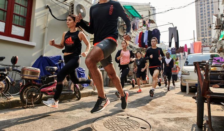 Pentru tine ce înseamnă să alergi? Adidas a întrebat 6000 de oameni și este foarte interesant de ce a făcut asta