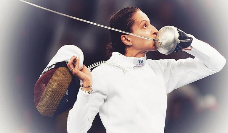 O româncă este lider mondial la spadă.  Despre Ana și scrimă
