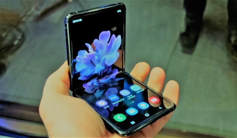 Care e faza cu Samsung Z Flip?
