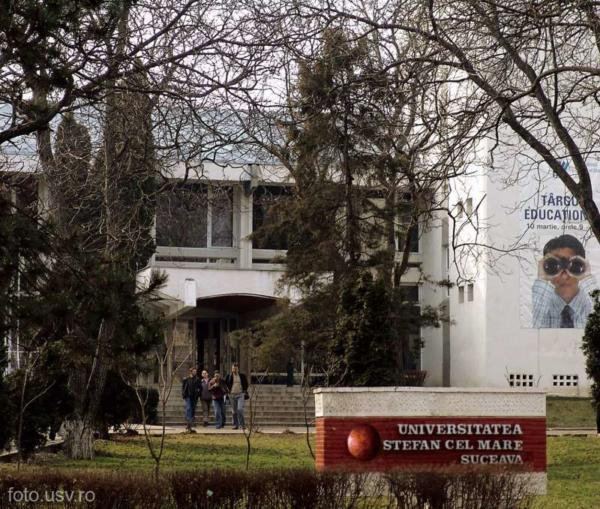 Consultații gratuite pentru elevii din Suceava