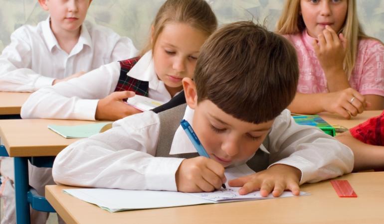 Ministerul Educației lansează calendarul de înscriere în învăţământul primar