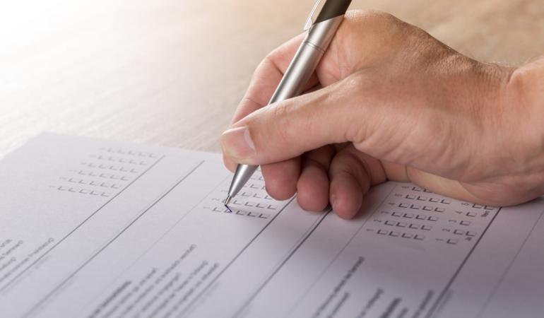 Mari schimbări în educație – chestionare pentru părinți și profesori privind planul – cadru