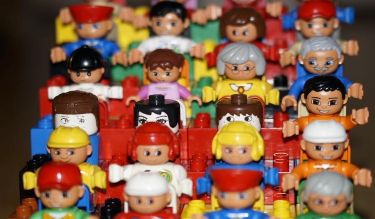 CAMPANIA ȘTIRIPOZITIVE. Let's Lego – conștientizarea problemelor de mediu