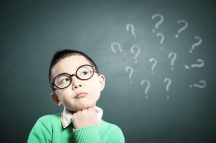 De ce trebuie să răspundem mereu curiozităților copiilor