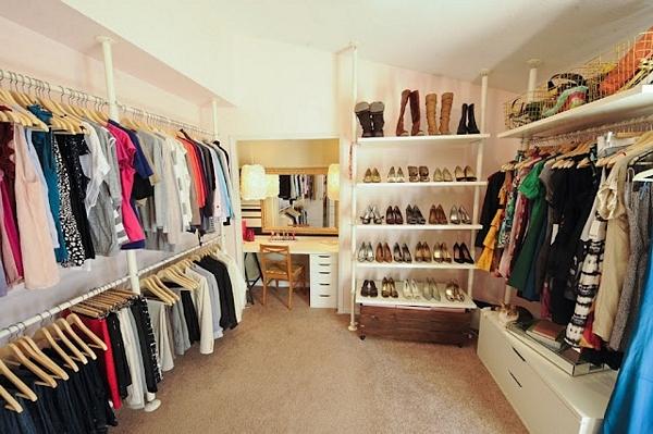 IN TREND. Din haine vechi, ceva inedit – Cum putem reutiliza hainele din dulap?