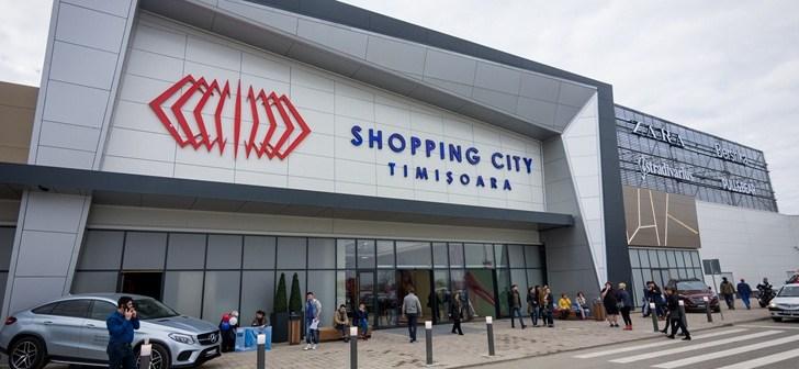 Mall-urile își scurtează programul pe perioada COVID- 19