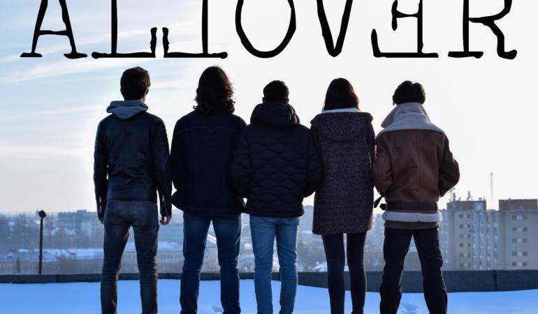Allover – prietenie, talent și creativitate. Interviu în exclusivitate