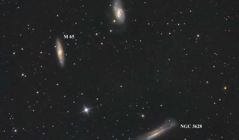 Galaxii aflate la milioane de ani lumină fotografiate în premieră de un român