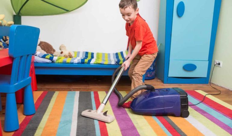 10 mai – Ziua Internațională a curățeniei în propria cameră