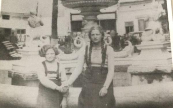 Sylvia Hoișie supraviețuit Holocaustului inventat Polidinul