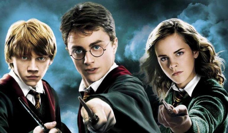 """""""Mama"""" lui Harry Potter dezvăluie cum s-a născut acesta"""